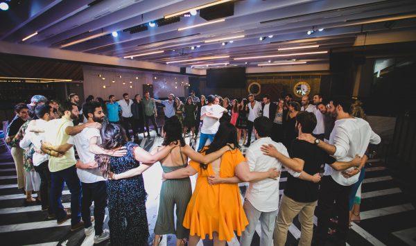 שיר, ריקוד או וידאו? רעיונות וסגנונות לקליפ חברים